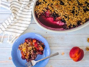spiced nectarine blueberry crumble