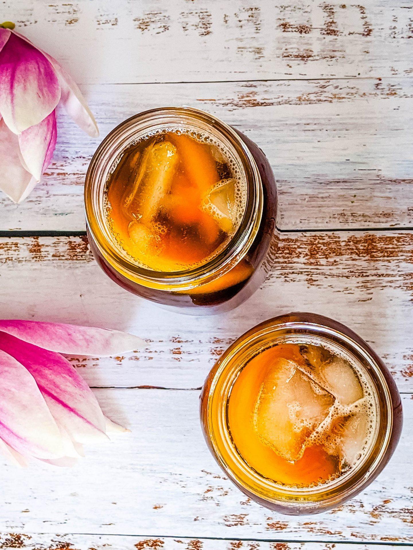 peach ginger iced tea glasses