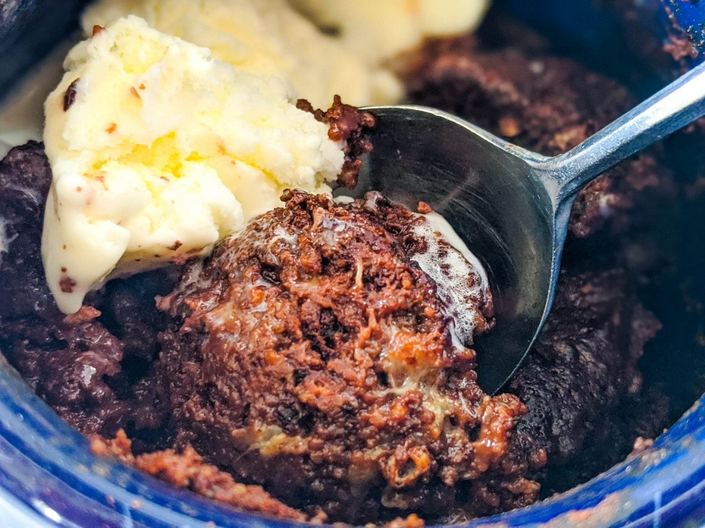 2 Minute Molten Hot Chocolate Lava Protein Cake in a Mug (gluten free, vegan)